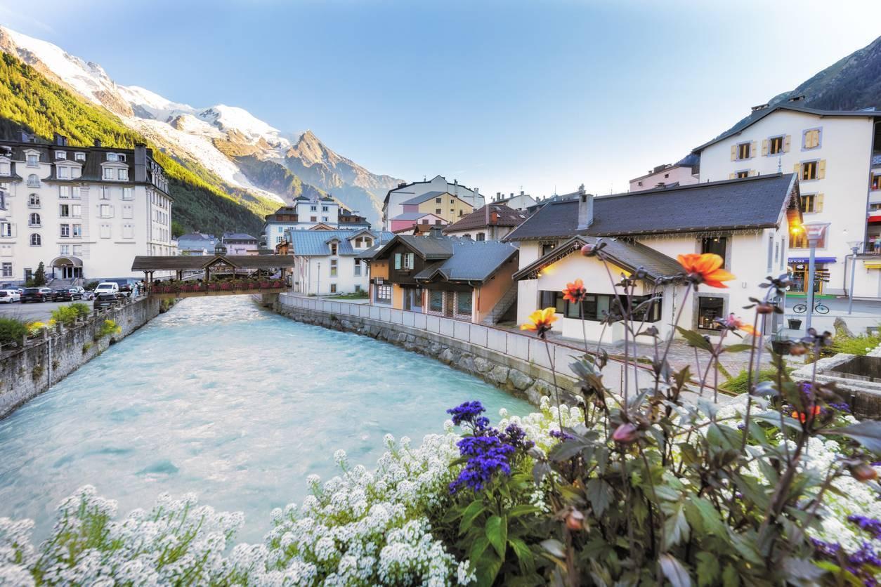 vivre France travailler Suisse